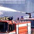 Salerno, vigili del fuoco in azione in uno stabilimento balneare
