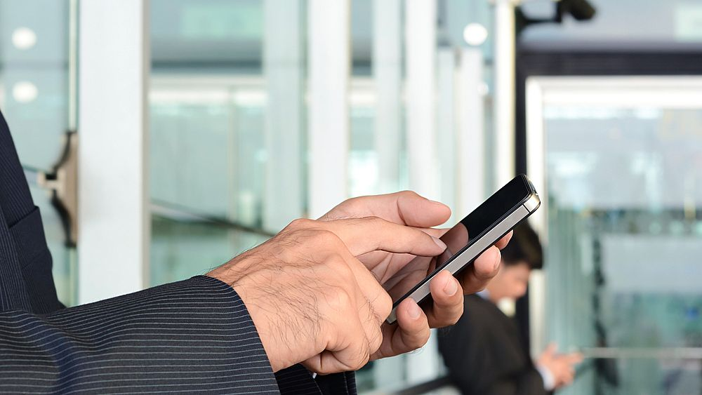 Stop ai costi di roaming via libera dal Parlamento europeo