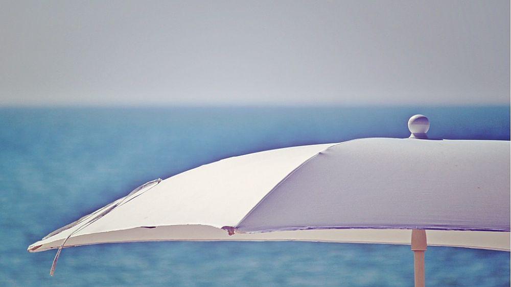 10072018 ombrellone mare