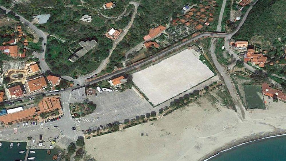 11062018 parcheggio camerota