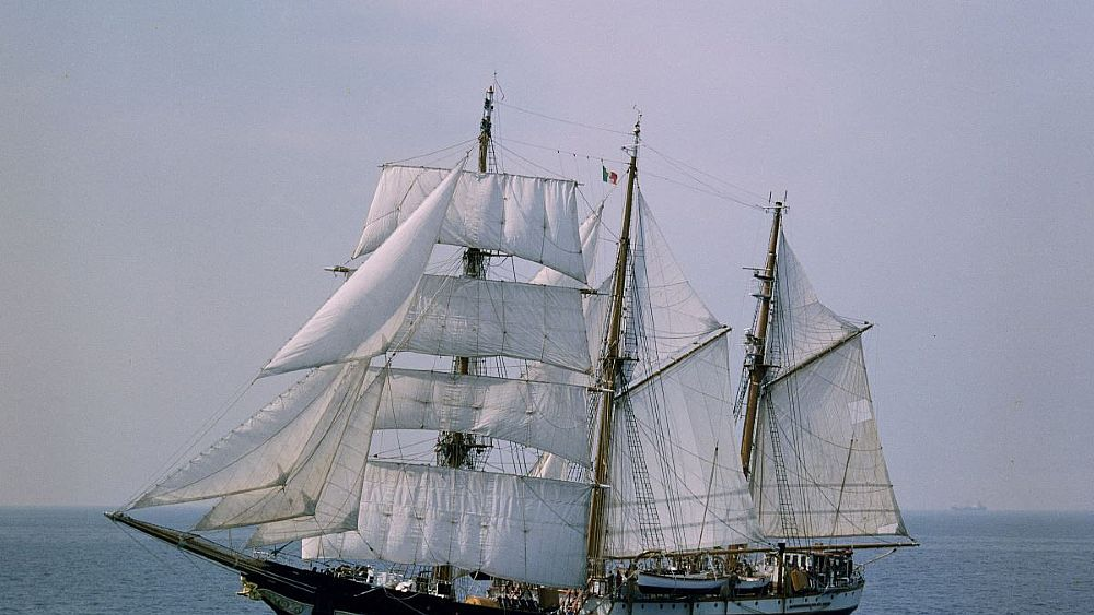 12072018 nave palinuro