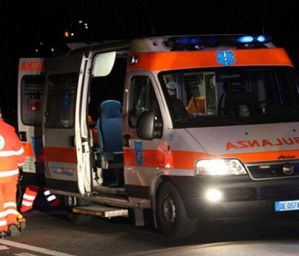 Salerno - 24072016 ambulanza notte