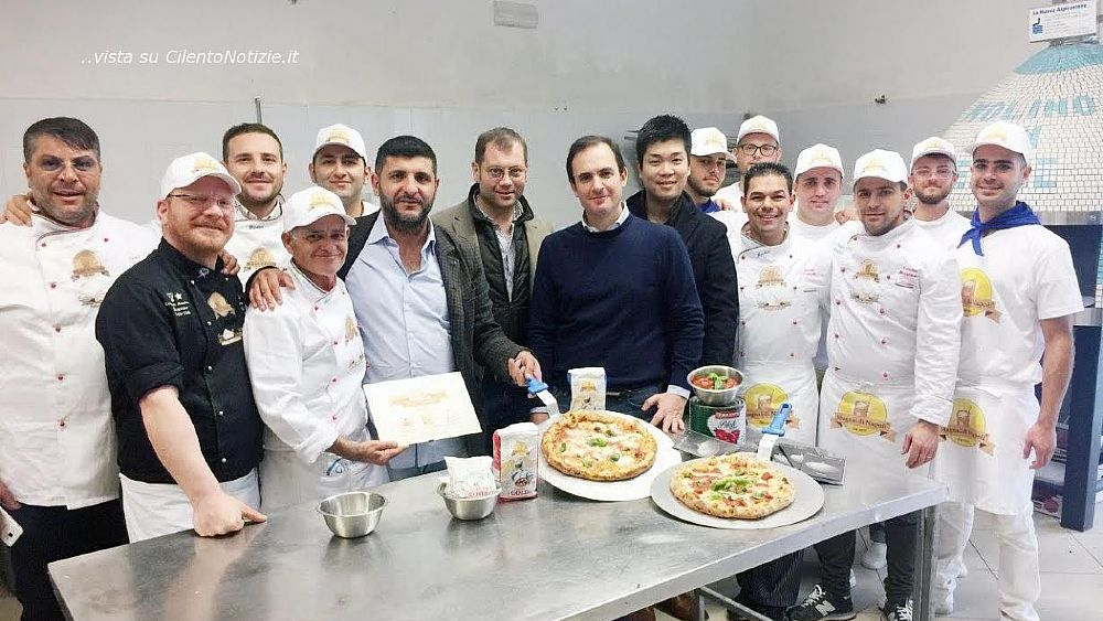 Pizza amore l evento di solidariet regalato ai for Forni magliano srl