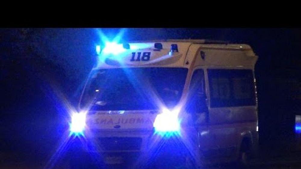 Cronaca foto - 26092016 ambulanza notte 03.jpg