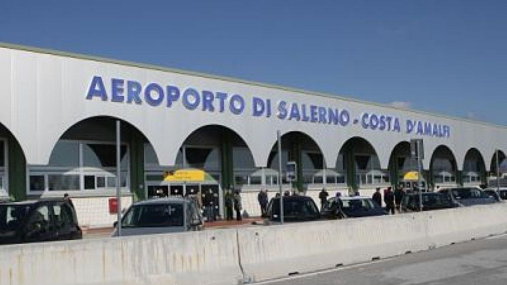 """Aeroporto Salerno : Lo scalo di salerno costa d amalfi è aeroporto """"sociale"""