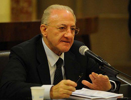 Cstp salerno ecco le proposte del sindaco de luca for Subito offerte lavoro salerno